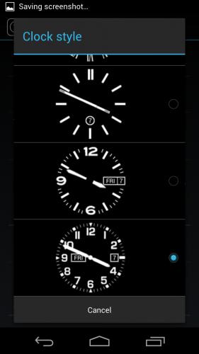 Один из недостатков стандартного интерфейса — очень мелкие цифровые часы и бесполезные аналоговые.